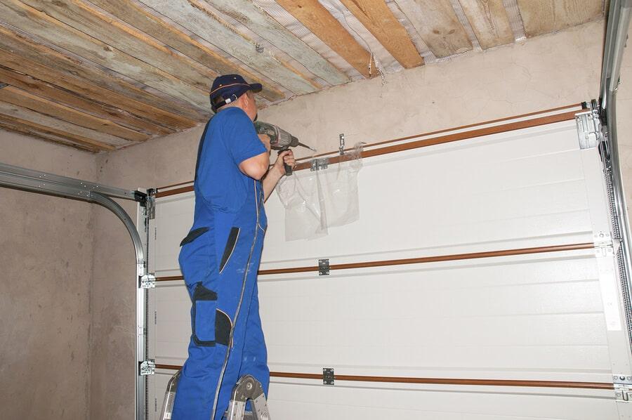 Cranbourne garage door repairs